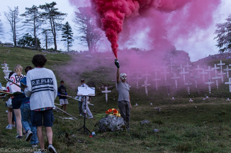 BURNING_CEMETERY_ALESSANDRO_COLOMBARA_068