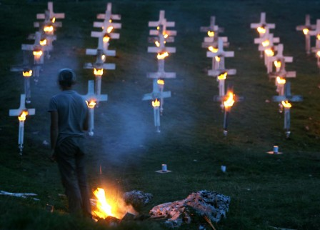 BURNING_CEMETERY_ALESSANDRO_PIANALTO_034