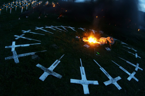 BURNING_CEMETERY_ALESSANDRO_PIANALTO_035