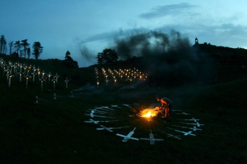 BURNING_CEMETERY_ALESSANDRO_PIANALTO_036