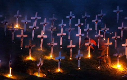 BURNING_CEMETERY_ALESSANDRO_PIANALTO_038