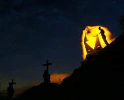 BURNING_CEMETERY_ALESSANDRO_PIANALTO_047