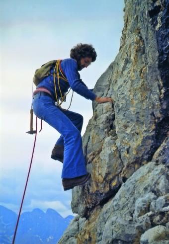 Dal libro LE VIE: Lorenzo Massarotto, lungo la via Langes al Dente del Cimone, durante la sua prima salita in montagna (con Agostino Bortignon, il 9 giugno 1973).