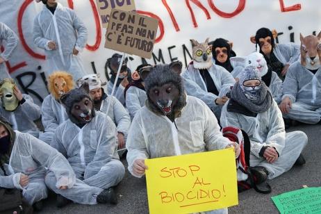 MITENI_BLOCCO_PROTESTA_03