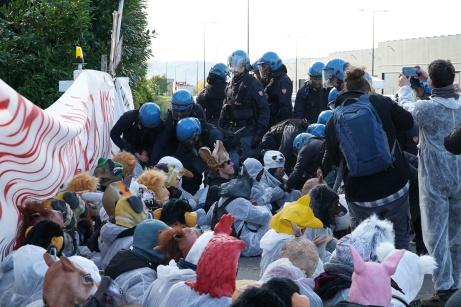 MITENI_BLOCCO_PROTESTA_20