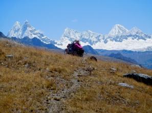 Osservando la zona nord della Cordillera, dal Chacra all'Alpamayo