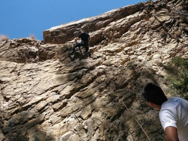 Arrampicando con Cesar sulla falesia sopra Marcarà