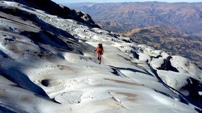 Franco Michieli, cercando un passaggio sulle placche dello Huascaran