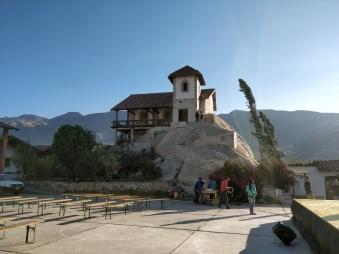 La Chiesa sulla Roccia, Parrocchia di Yungay