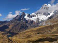 Magnifica immagine sul lago Mitucocha