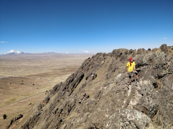 Sul Monte Sacro alla cultura aymara sopra Peñas