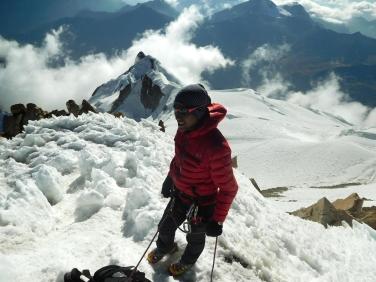 Ronaldo Choque Camargo (Asqui), in vetta allo Huayna Potosí 6088 m